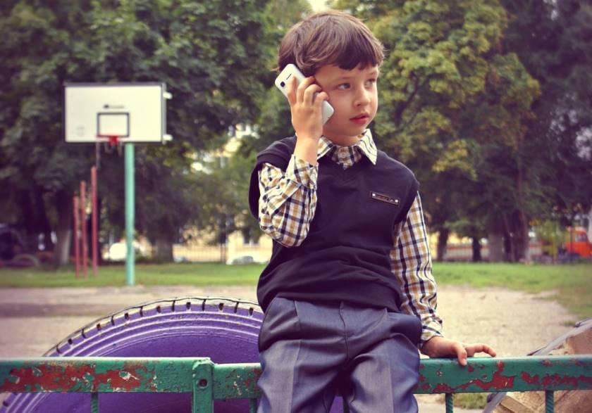 Выбираем телефон для ребенка 7-8 лет в школу: смартфоны и не только.